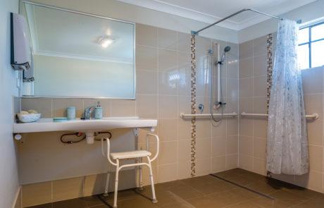 Mount Gravatt Arafmi House_Bathroom 2